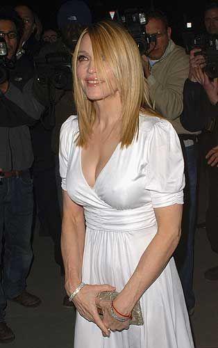 Ünlü İngiliz yönetmen Guy Ritchie ile evli olan Madonna - 'Biz beraber çok mutluyuz'